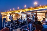 Zenés-vacsorás esti sétahajó a Dunán!