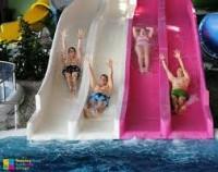 Hűsítő csobbanás a Szegeden a Napfényfürdő Aquapolis medencéiben!