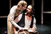 Ajándék páros belépő az Újszínház – Páskándi Géza: Lélekharang című darabjára 2019. október 28-án (vasárnap) 19 órai kezdettel!