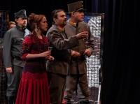 Ajándék páros belépő az Udvari Kamaraszínház Tizennyolc című darabjára 2019. november 16-án 19 órától a Duna Palotában!