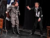 Félárú színházjegy az Udvari Kamaraszínház Tizennyolc című előadására a Duna palotában!