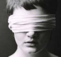 Láthatatlan kiállítás - amikor az érzékeid vezetnek!