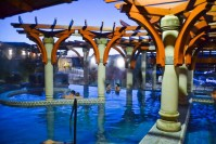 Különleges fürdőzés és hétvégi szauna szeánszok a demjéni Cascade Barlang - Élmény és Termálfürdőben!